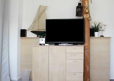 Stranddistel_Wohnzimmer_TV